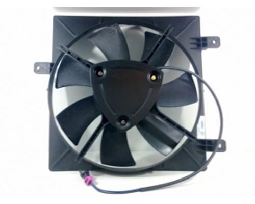Дифузор радіатора кондиціонера, в зборі з крильчаткою і двигуном