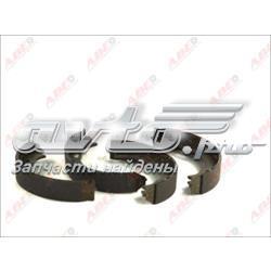 колодки ручника/стоянкового гальма  CRM010ABE