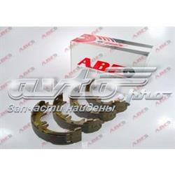 колодки ручника/стоянкового гальма  C02077ABE