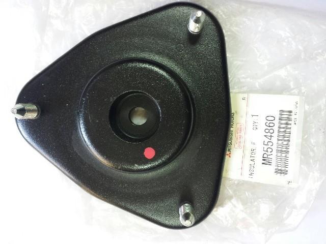 опора амортизатора переднього  MR594347