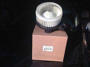 двигун вентилятора пічки (обігрівача салону)  27220VB002