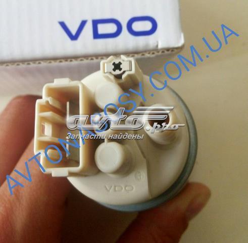 паливний насос електричний, занурювальний  LR026193