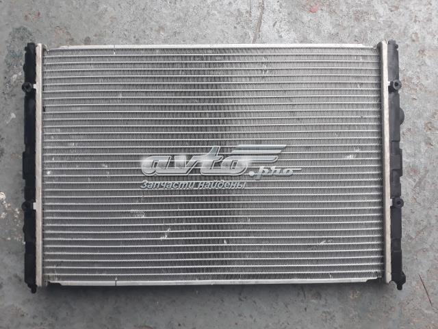радіатор охолодження двигуна  VW2119