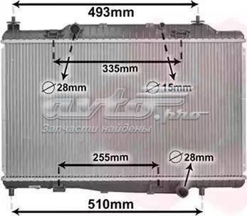 радіатор охолодження двигуна  PL023078