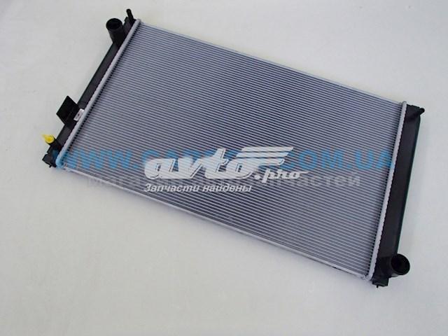 радіатор охолодження двигуна  PL013166
