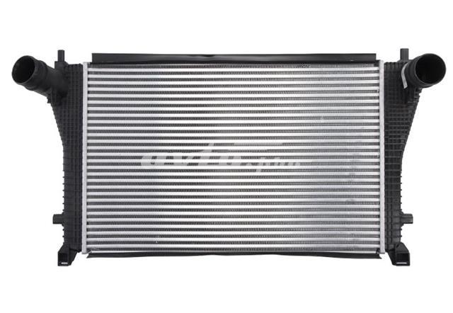 радіатор интеркуллера  RI96494
